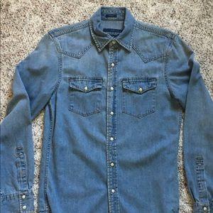 Men's vintage fit denim western shirt